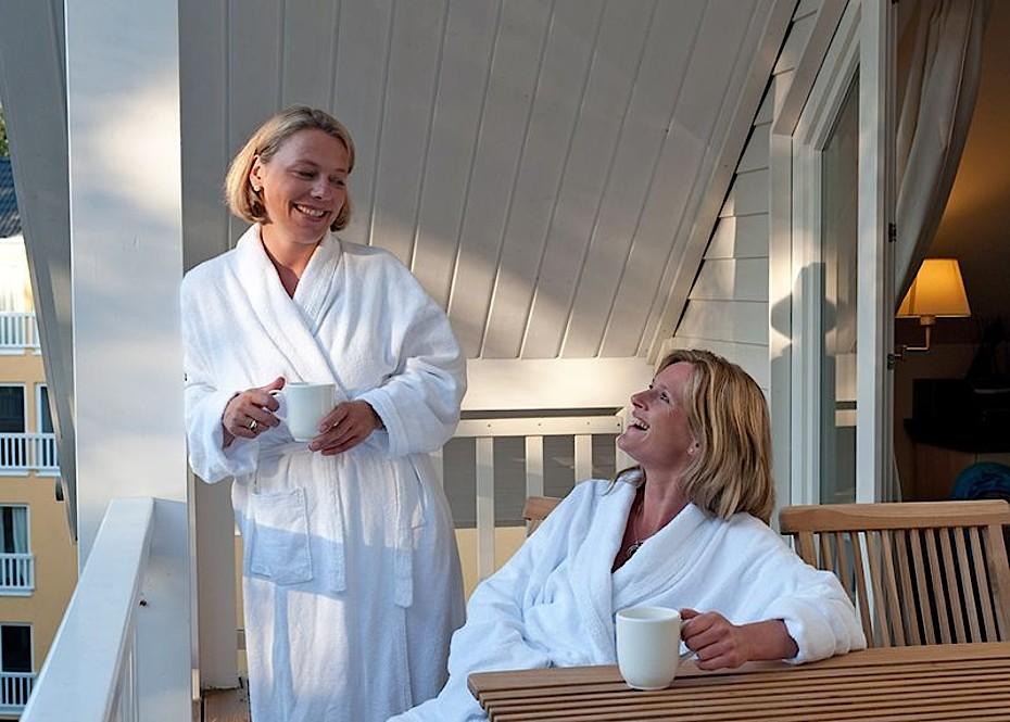 Genießen Sie die Wellnessanwendungen in einem Hotel in Graal-Müritz. Foto: TuK GmbH, Manfred Wigger