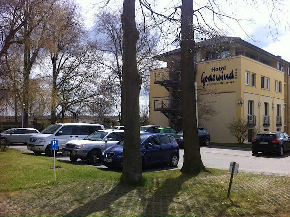 Parken in Warnemünde im Hotel Godewind