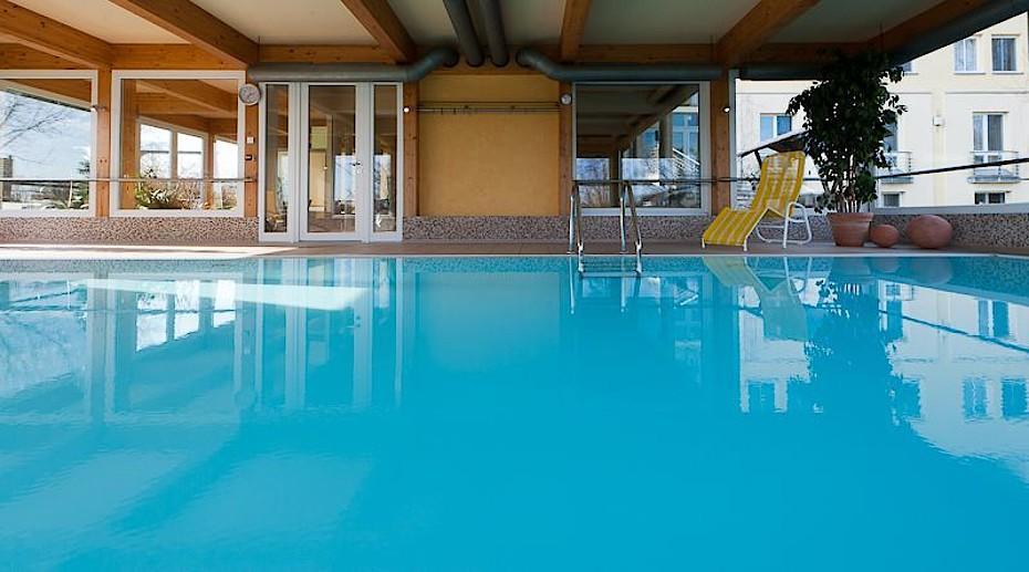 Blick in das Schwimmbad im Hotel Godewind